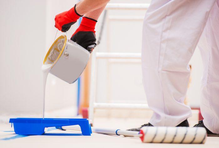 Hoe een kamer te schilderen: 4 stappen om te schilderen als een DIY Pro